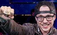 {:ru}(03.06.2018) Джордан Хафти стал победителем турнира для работников казино WSOP2018.{:}{:en}(03.06.2018) Jordan Hufty Wins his First WSOP Gold Bracelet for Casino Employees Event.{:}