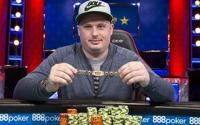 {:ru}(08.06.2018) Пол Вольпе победил в турнире WSOP Omaha Hi-Lo 8 or Better Championship за 10 000${:}{:en}(08.06.2018) PAUL VOLPE WINS IN EVENT #9, $10,000 OMAHA HI-LO 8 OR BETTER{:}