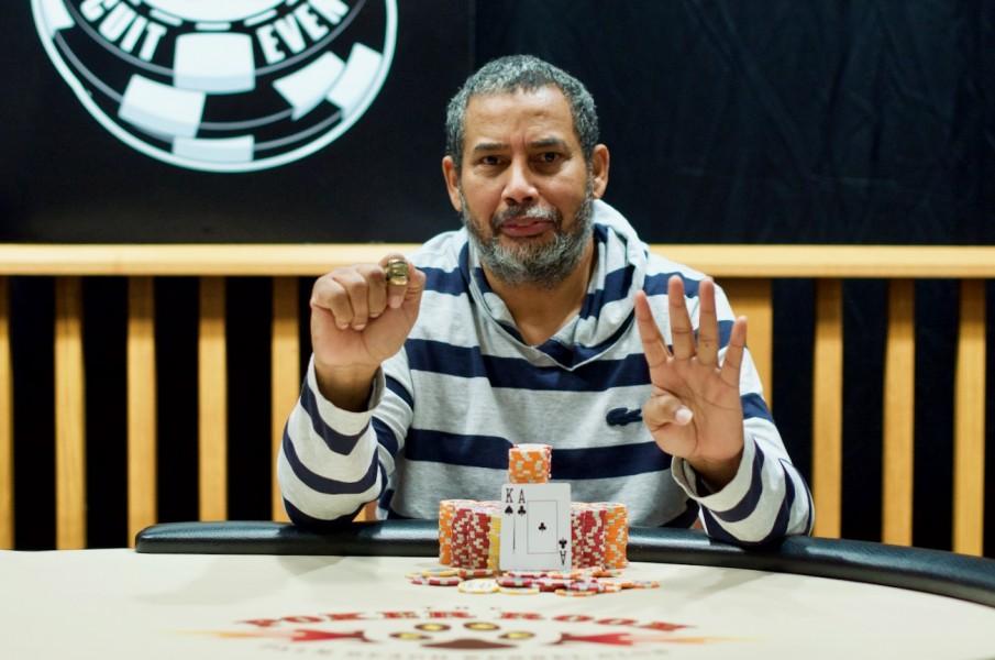 {:ru}(05.12.2018) Покерист смог выиграть 8 перстней WSOPС всего за 2 года{:}{:en}(05.12.2018) Poker player won 8 WSOP Circuit gold rings in just two years {:}